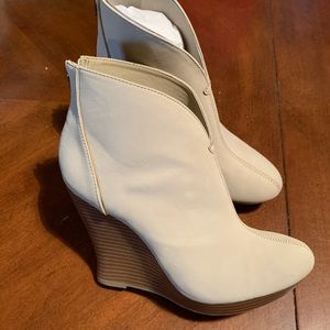JLo Reena Womens Ankle Boots